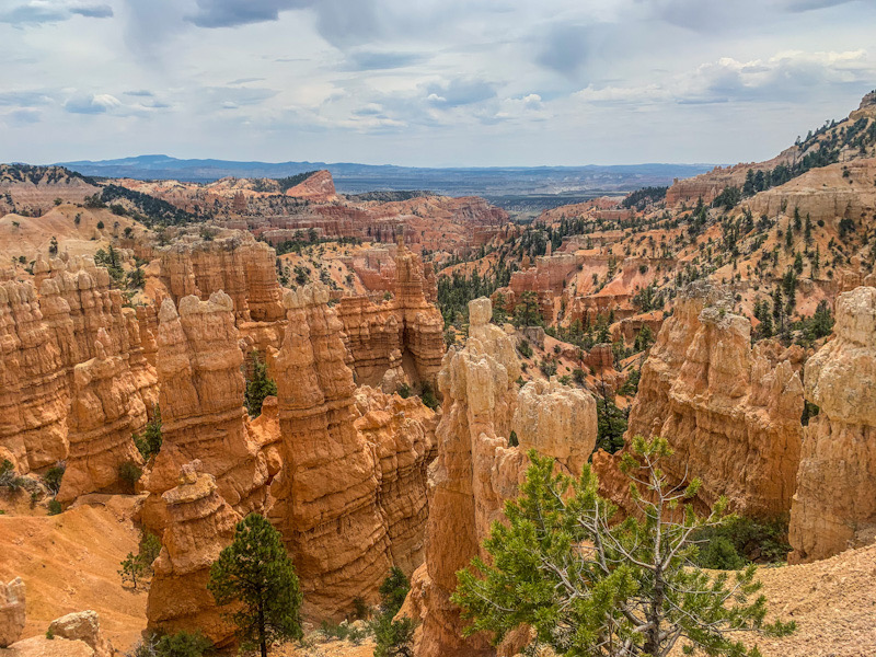 A view of Fairyland Canyon in Bryce Canyon National Park.