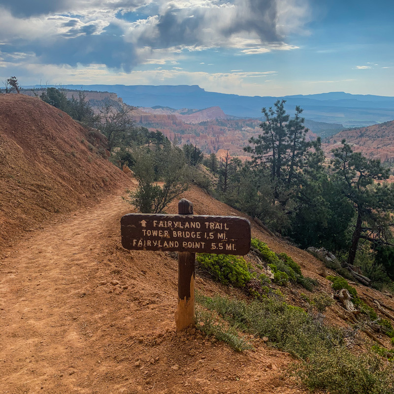 Fairyland Trail sign in Bryce Canyon National Park